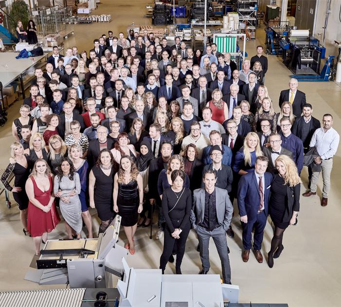 Se vores kønne personale - LaserTryk.dk